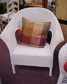 WICKER CHAIR-1