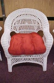 WICKER CHAIR-2