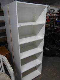 5 shelf book shelf.