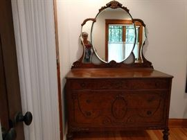 Victorian dresser with mirror. Part of set.