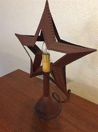 Metal star lamp