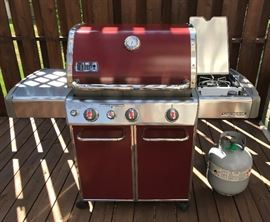 Like New Weber Genesis 300 Propane Grill w 2 full bottles/new cover & grilling accessories-PD $920 This quality unit w side burner & stainless facing