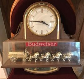 BUDWEISER CLYDESDALE WORLD CHAMPIONS VINTAGE CLOCK