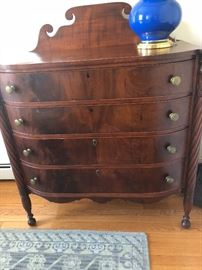 19thC bouffant crotch mahogany chest of drawers