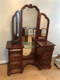 #9Cherry Vanity w/Triple Mirror & 6 drawers  50x19x6ft $325.00