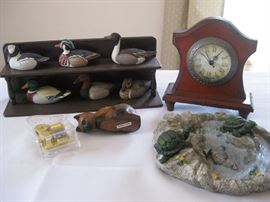 Lot of Avon Ducks, clock, and more / Approx 10 pieces