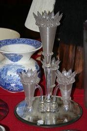 15 inch threaded glass 4 horn epergne