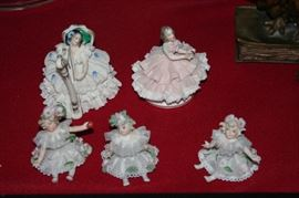 Dresden lace figures