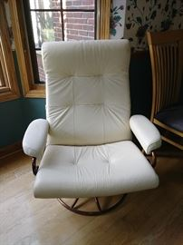 This retro chair has a footstool (see other pic) sorry not together. Somewhere between MCM and Hollywood Regency
