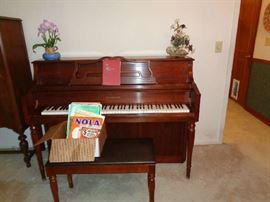SAMICK PIANO WITH STOOL, MUSIC BOOKS