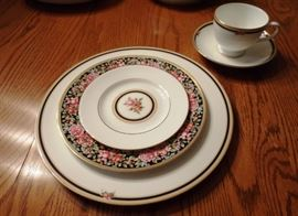 Wedgewood Clio bone china, service for 12