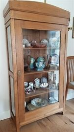 Vintage Curio Cabinet. What makes this such a great piece is that it has an important feel but it not too big!