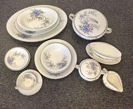 Noritake #5520 89 piece china set