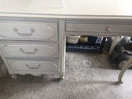 Henry Link desk...this has a hutch that goes on too as well as a matching chair