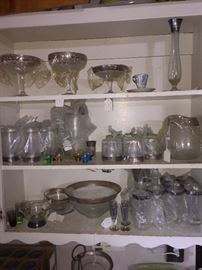 Dorothy Thorpe Glasswear