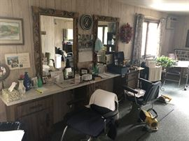 full salon
