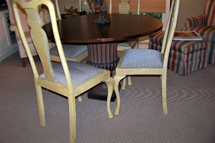 Set of 4 painted Q. Anne chairs
