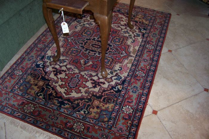 "Oriental rug, 5'5"" X 3' 7"""