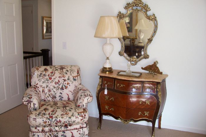 French MT commode