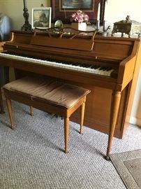 Beautiful spinet Piano