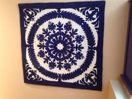 Small hanging quilt