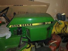 John Deer 318