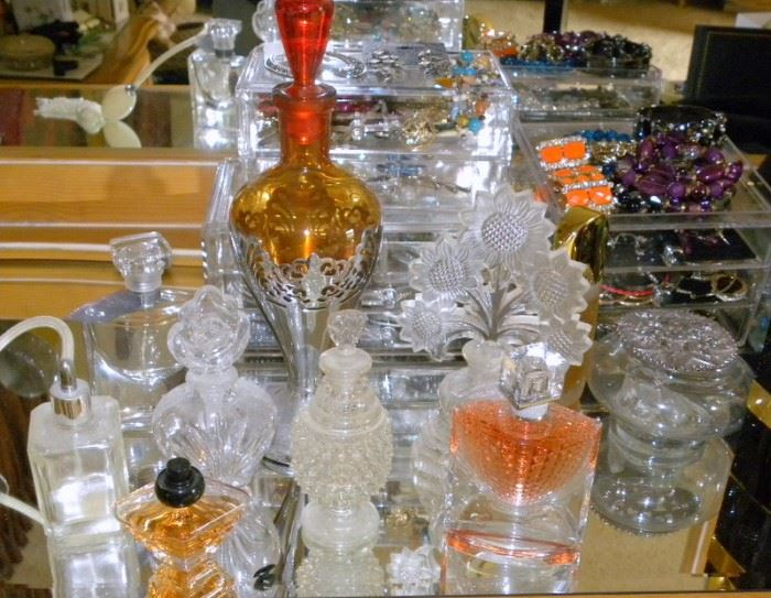 Vintage & Antique Perfume Bottles