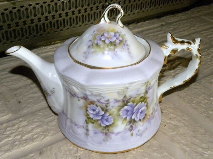 Hand Painted Musical Teapot