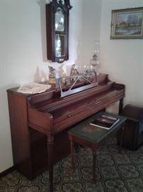 Hallet Davis upright piano