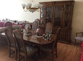 Beautiful large Diningroom