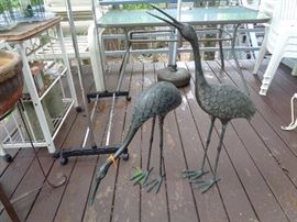 love these metal birdies