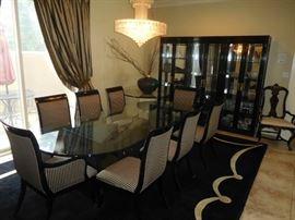 Exquisite black lacquered dining set