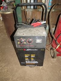 Battery Charger 200 amp