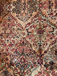KARASTAN MULTICOLOR KIRMAN CARPET 8.8 X 8.8 SQUARE (detail of rug / color & design)