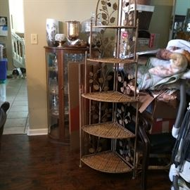 5 Tier wicker and metal corner shelves  with leaves