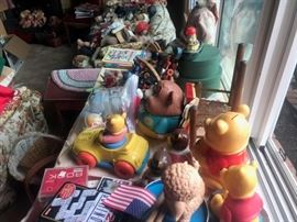 HAT BOXES, VINTAGE TOYS, WINNIE THE POOH, GAMES, SQUEEZE TOYS, PULL TOYS, DOLL HOUSE