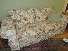 Flexsteel Neutral Floral Sofa