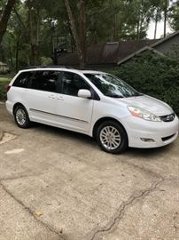 2007 Toyota Sienna Limited...has all the bells and whistles! Integrated DVD player, power everything, sun roof, built in window shades and hitch. Actual mileage: 126,732.