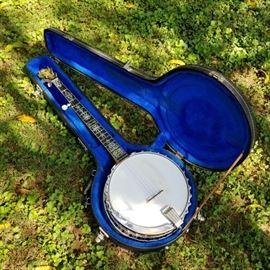 Leedy Presentation Banjo...