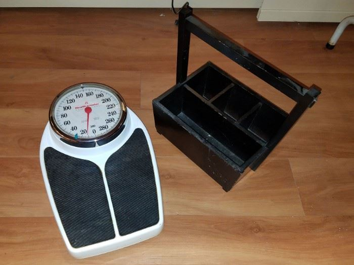 Healthometer 280 lb. scale