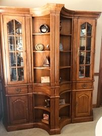 Beautiful 3 piece bookcase