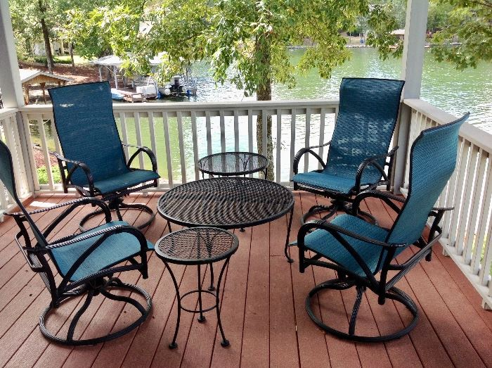 Swivel Rocker Patio Chairs & Round Coffee & End Tables