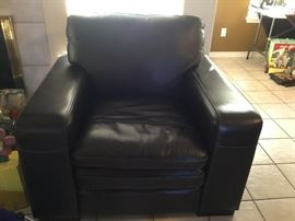 Beautiful all leather chair only a few months old