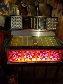 Rowe AMI  Phonograph, 1975, Model R-74, Arlington, 200 Selection, 33 1/3 - 45 rpm