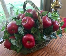 Apple bouquet. Lots of Apple collectibles at this sale.