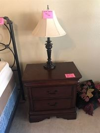 Nice 2 drawer night stand and matching lamps