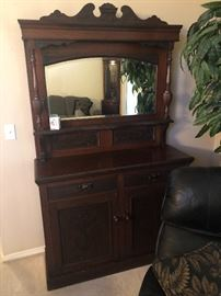 Antique sideboard/hutch