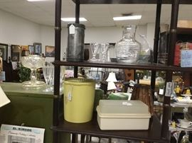 More kitchen collectibles including Tupperware