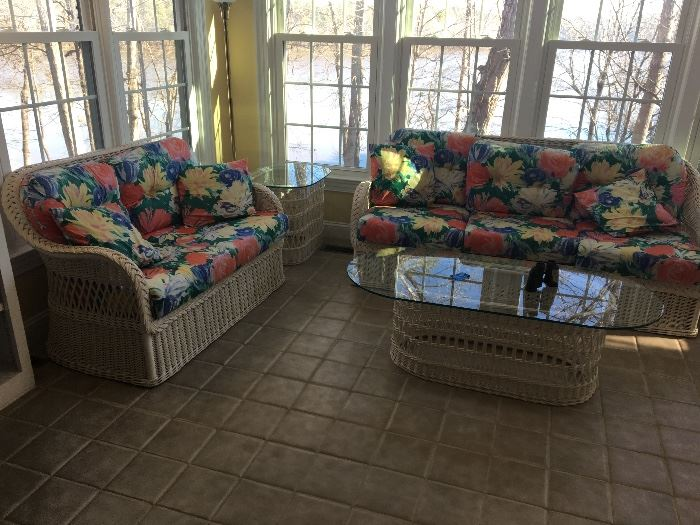 HENRY LINK WICKER SUNPORCH FURNITURE.