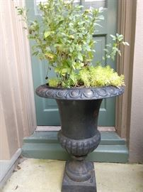 Single cast iron planter is lonely, but well adjusted and plays well with others.                                                              Yearns for a new home with picket fence, 2.5 children, neutered/spayed house pets and Mercedes woodie wagon.